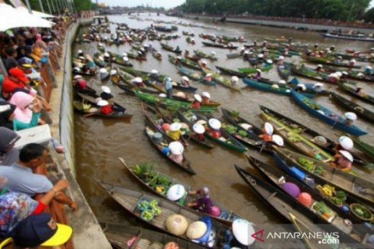 COVID-19 menurun, Banjarmasin siap buka wisata pasar terapung