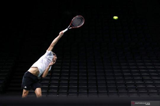 Tenis Paris Masters: Zverev melangkah ke semi final