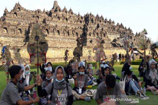 Kirab wayang warnai Hari Wayang Internasional di Borobudur