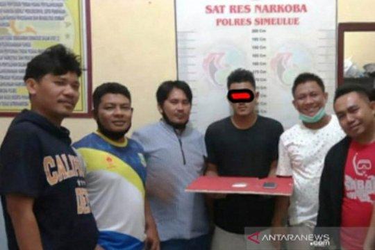 Seorang mahasiswa di Simeulue Aceh tersangka pengedar sabu-sabu