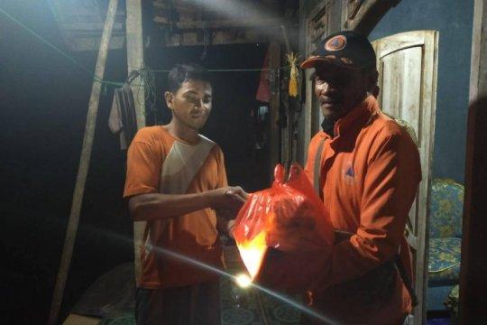 BPBD Banten salurkan logistik bagi korban longsor di Lebak selatan