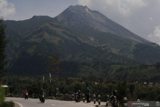 Aktivitas Merapi naik, BPPTKG Kementerian ESDM: Guguran biasa terjadi