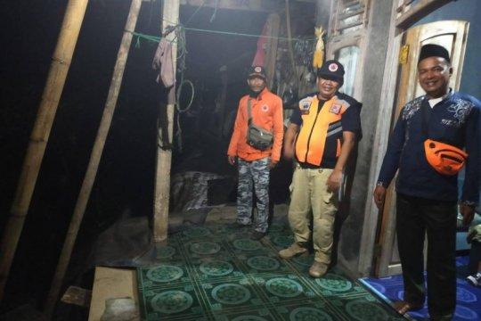 BPBD Banten sebut empat rumah warga Lebak selatan dilanda longsor