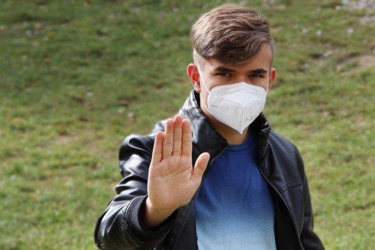 Bau mulut selama pakai masker, bukan salah maskernya