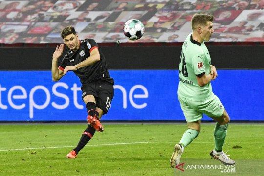 Alario kembali ukir dwigol saat bantu Leverkusen tundukkan Gladbach