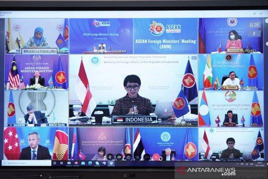 Dalam pertemuan ASEAN, Menlu RI soroti penguatan kerja sama dengan AS