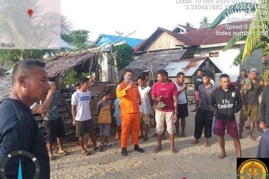 Tim SAR belum temukan dua warga tenggelam di laut Seram