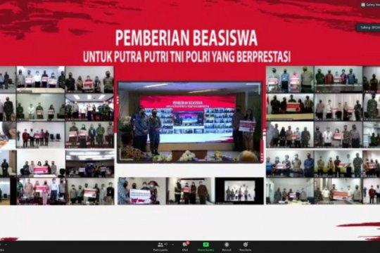PT PP berikan beasiswa kepada putra-putri TNI dan Polri