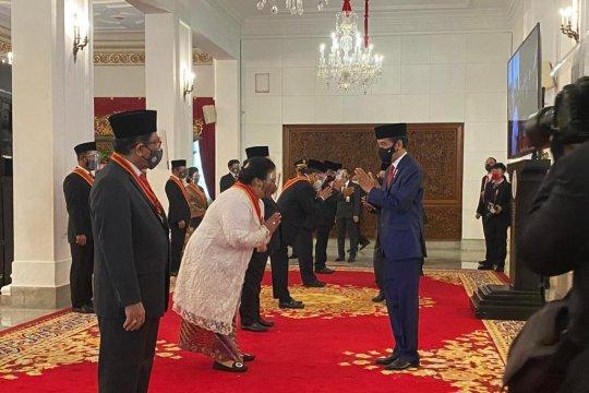Menteri LHK dianugerahi Bintang Mahaputera Adipradana