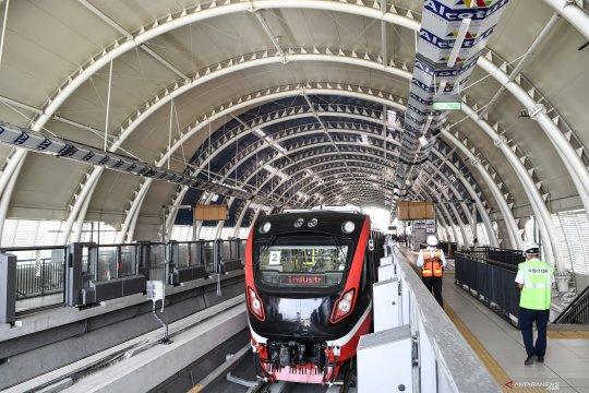 """Adhi Karya bidik proyek kereta """"commuter line"""" di Filipina"""