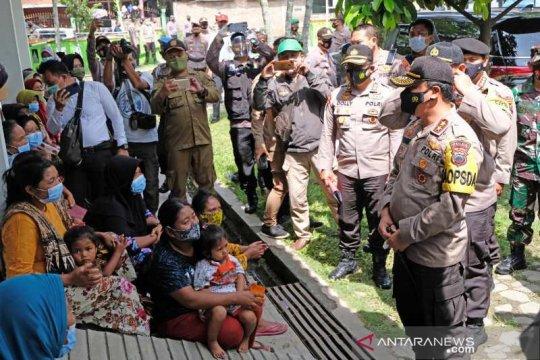 Polda Jateng siapkan tempat tidur lipat untuk pengungsi Merapi