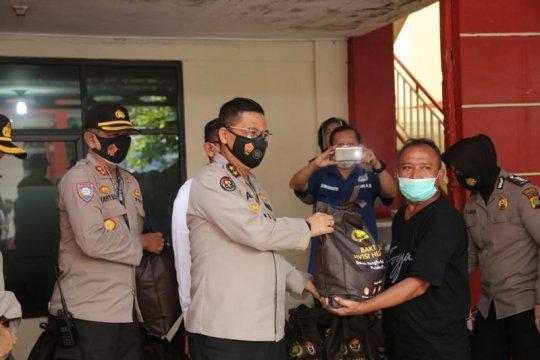 Divhumas Polri bagikan 7.500 sembako untuk penyandang disabilitas