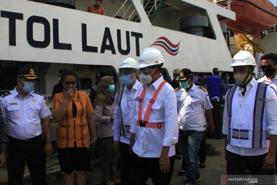 Menhub cek pengiriman sapi dengan kapal tol laut di Kupang