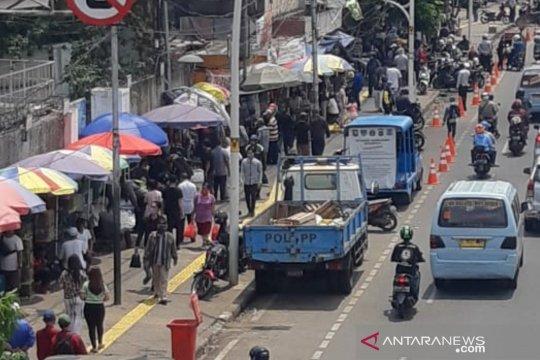 Satpol PP sebut PKL ikan hias Jatinegara sebagai ikon Jakarta