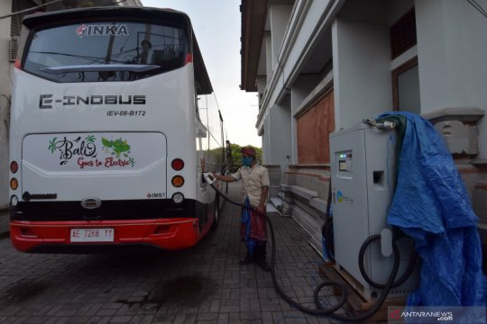 Ungkap kebakaran bus listrik, KNKT: Perkabelan banyak yang amburadul