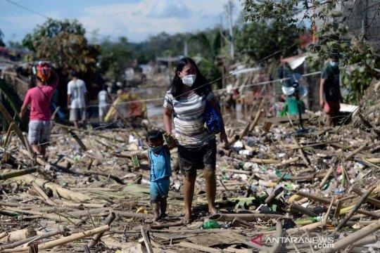 Filipina cari puluhan orang yang hilang akibat Topan Vamco