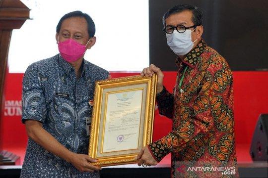 Yasonna serahkan sertifikat HaKI Tari Daeng dan Wayang Otok Obrol