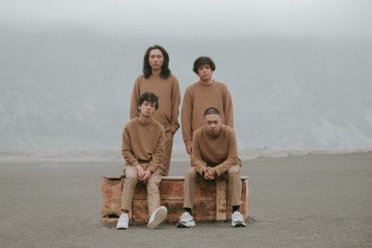"""Coldiac rilis """"Sampaikan"""", lagu pertama dalam bahasa Indonesia"""