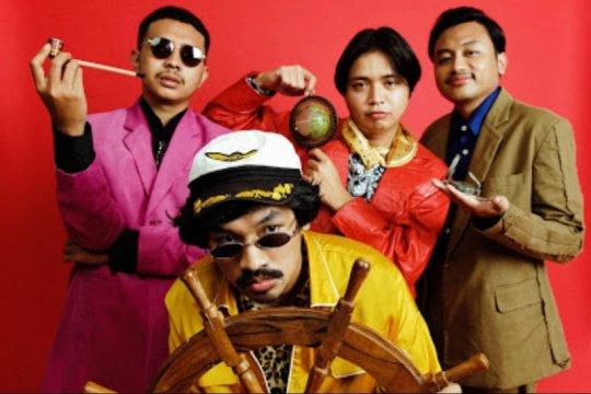 """The Panturas mainkan instrumen lintas etnis di """"Balada Semburan Naga"""""""