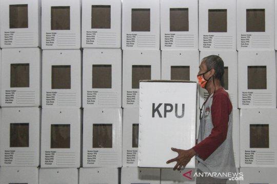 Sebanyak 4.049 kotak suara Pilkada Depok selesai dirakit