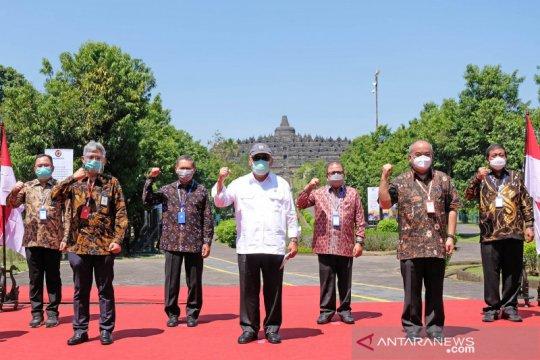 Penandatanganan proyek pembangunan tol Yogyakarta-Bawen