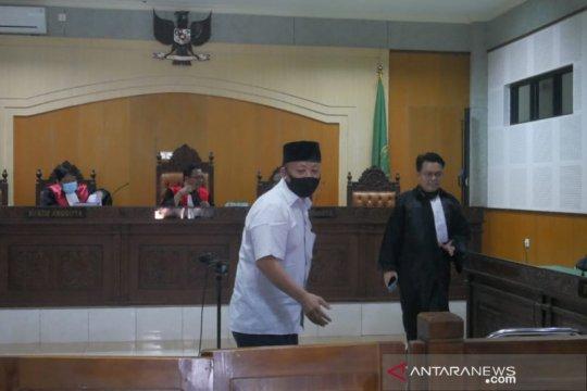 Jaksa dakwa mantan Kepala SMAN 5 Kota Bima korupsi Rp372,5 juta