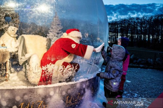 Sinterklas Hungaria beralih ke internet gara-gara COVID-19