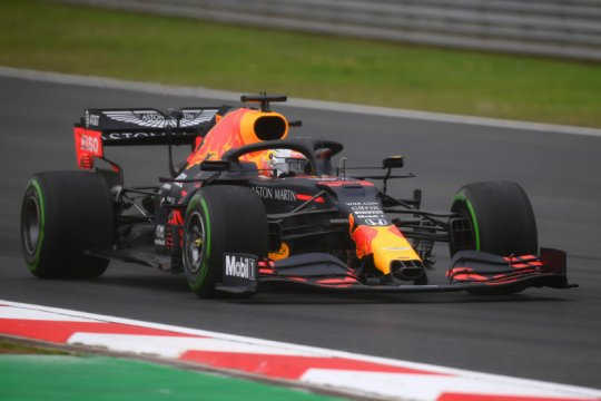 Verstappen dominan sapu bersih sesi latihan GP Turki