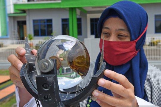 Peringatan dini cuaca buruk di Indonesia