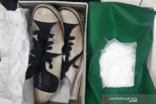 Polres Jakbar bekuk pembeli sabu berkedok pengiriman melalui ojol