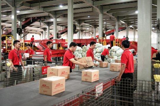 J&T Express catat 11 juta pengiriman saat promo 11.11