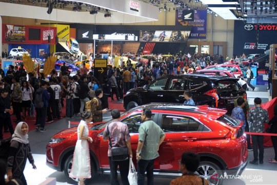 Penjualan mobil Indonesia pada Oktober cuma naik 1 persen