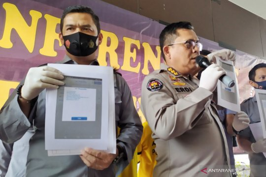 Polisi ringkus dua saudara pelaku penipuan pakai bukti transfer palsu