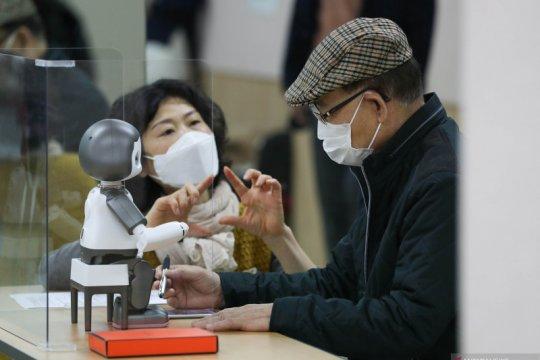 Lansia ikuti pendidikan digital di Seoul, Korea Selatan