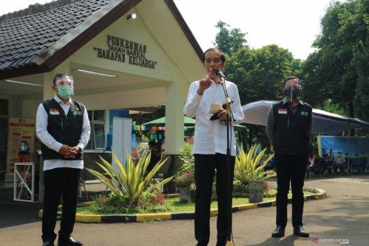 Jokowi tegaskan vaksin COVID-19 di Indonesia harus masuk daftar WHO