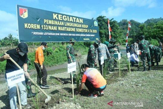 Korem 133 Gorontalo tanam tumbuhan cegah erosi