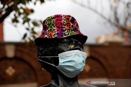 Kematian COVID-19 di AS lampaui angka 250.000 saat infeksi melonjak