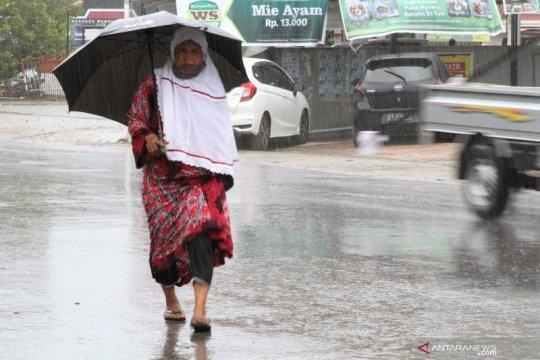 Sulawesi Tenggara hadapi potensi cuaca ekstrem sepekan ke depan