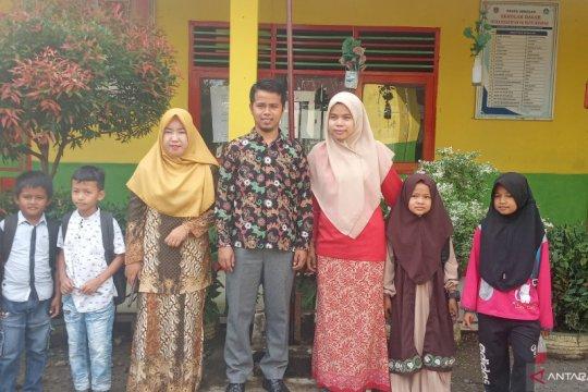 Guru SDM Batu Hampa Agam terima penghargaan dari PP Muhammadiyah