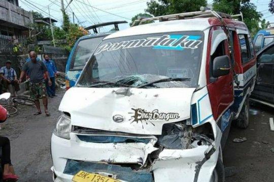 Lima tewas akibat tabrakan beruntun di Kabupaten Simalungun