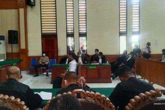 Hakim vonis Jrx SID hukuman satu tahun dua bulan penjara