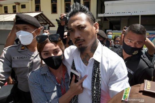 Hukum kemarin, vonis Jerinx hingga polisi kumpulkan CCTV di Petamburan