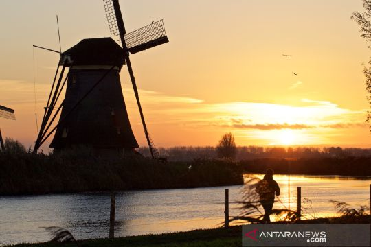 Objek wisata Kincir Angin Kinderdijk, Belanda,  sepi wisatawan
