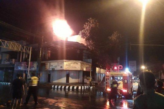 Polisi Kediri usut penyebab kebakaran toko parfum