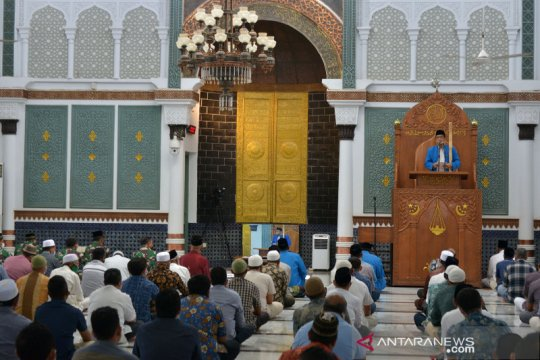 Masjid pusat edukasi pencegahan COVID-19