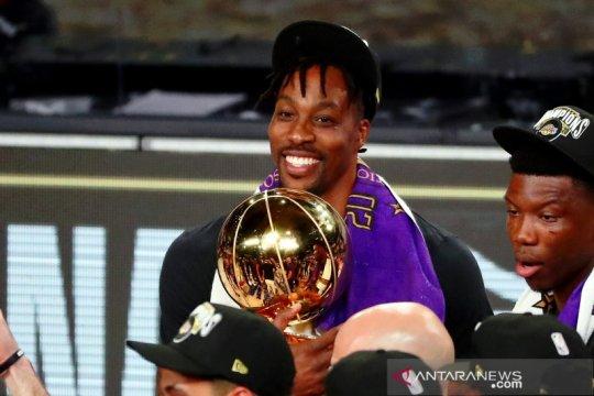 Setelah hapus tweet Lakers, Dwight Howard menuju ke 76ers