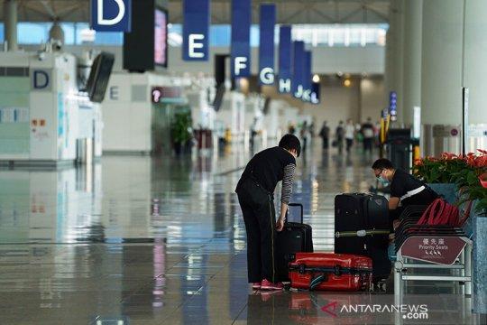 Hong Kong larang sementara penerbangan dari India, Pakistan, Filipina