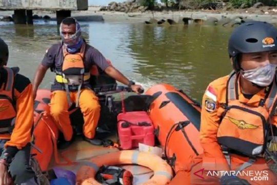 Dihentikan, pencarian pemancing tenggelam di Bengkulu
