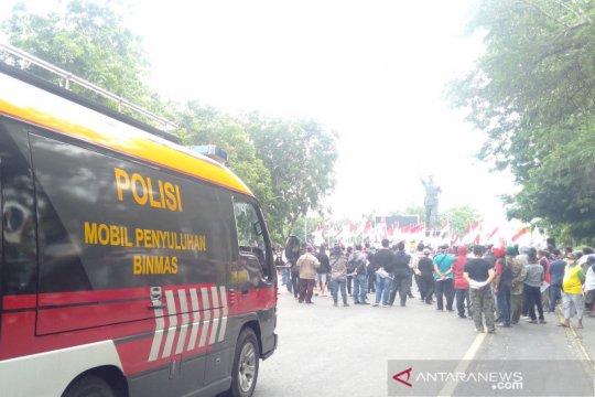 Polresta Surakarta bubarkan aksi tolak HRS
