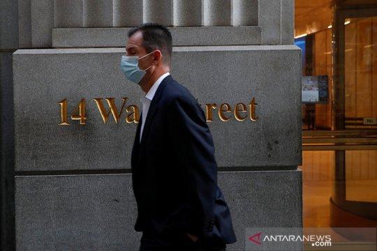 Wall Street beragam, S&P 500, Dow turun dari rekor penutupan tertinggi